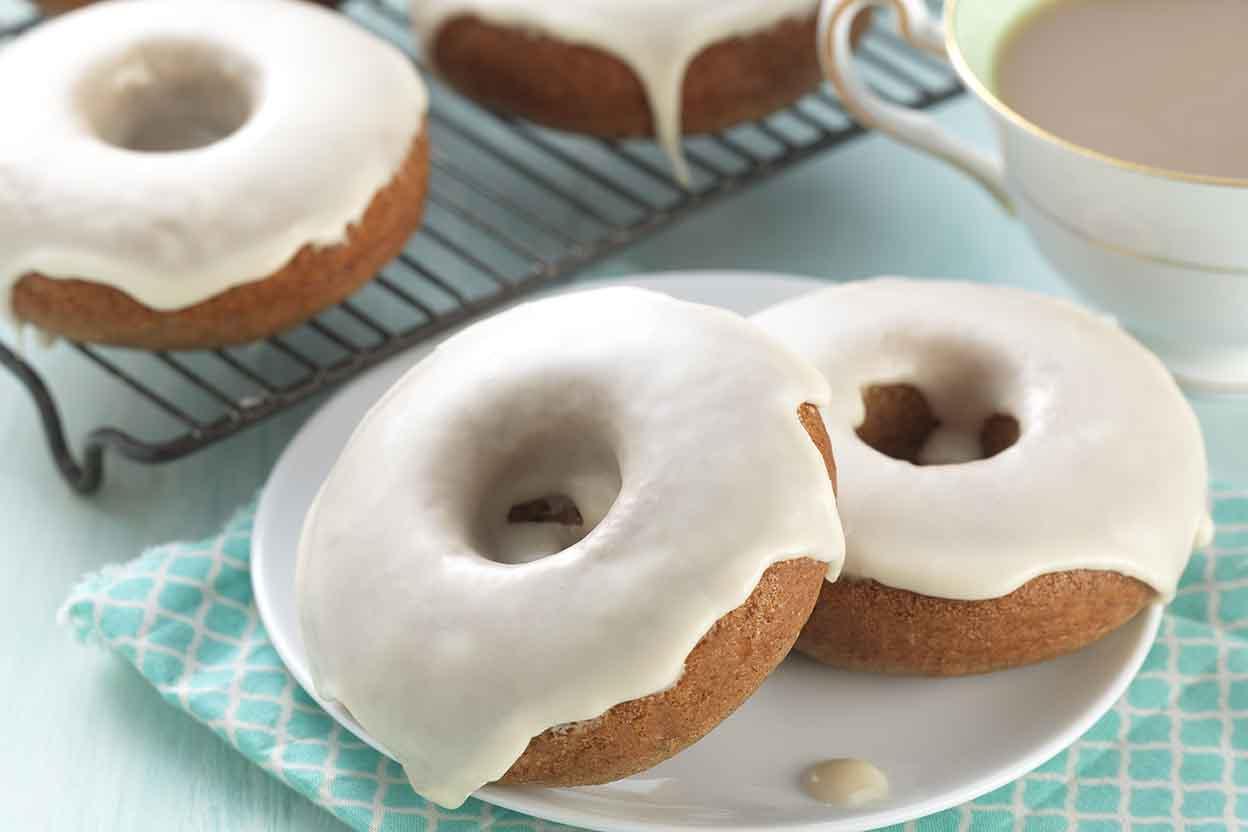 Vanilla Chai Doughnuts